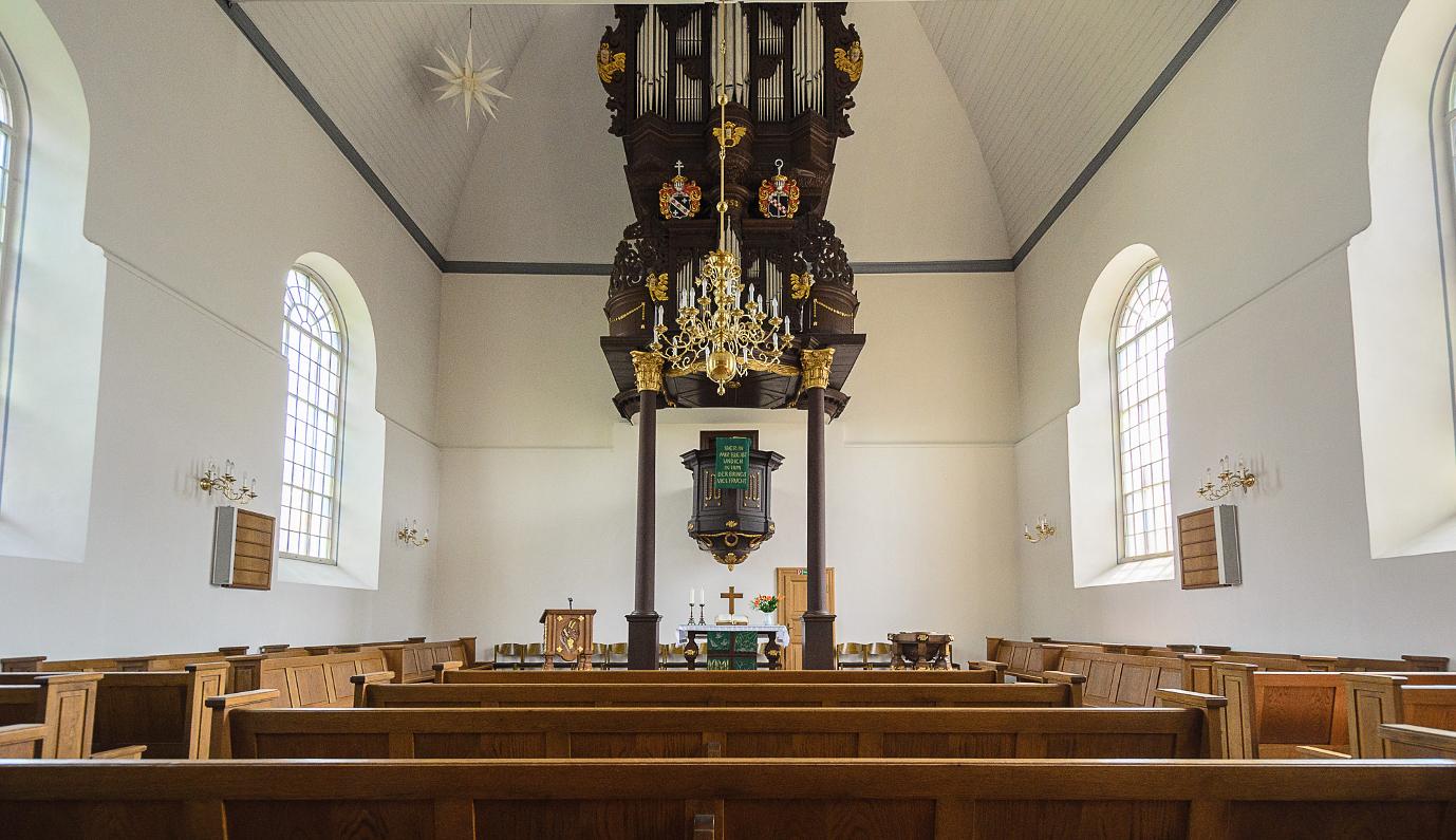 Martin-Luther-Kirche innen