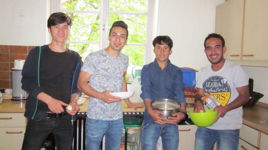 Gemeinsames Kochen als Flüchtlingshilfe